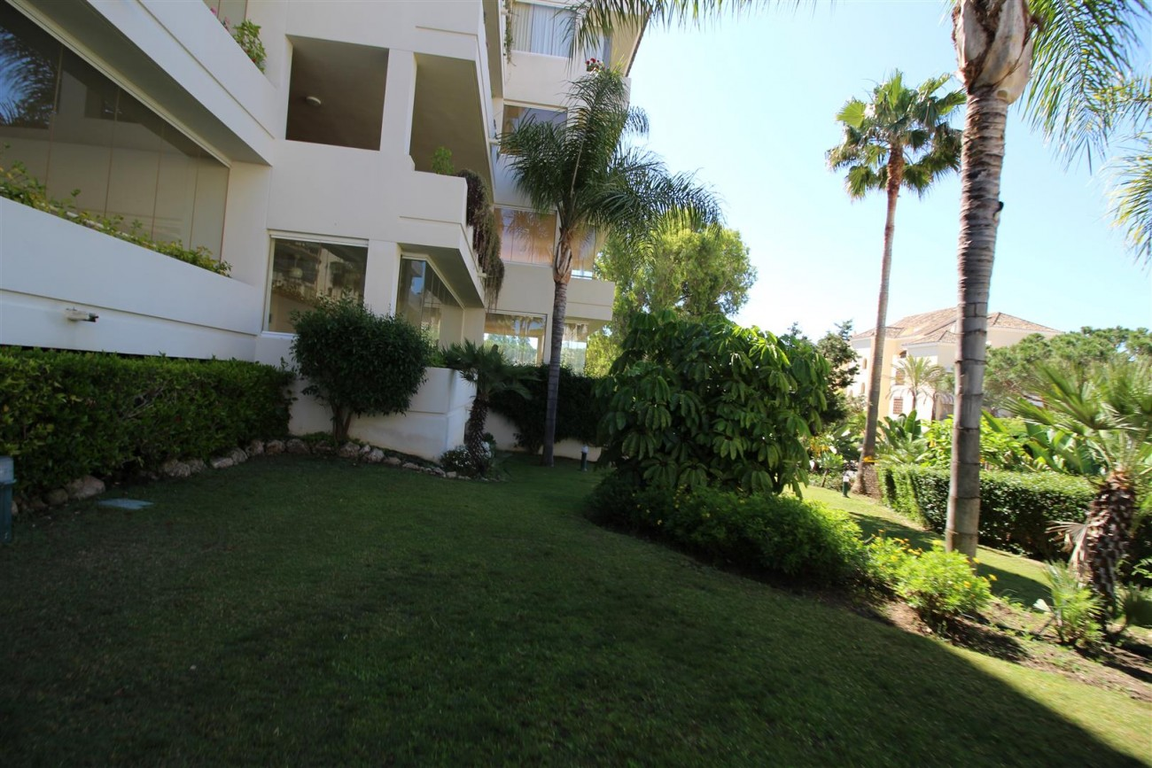 A5633 Beachside apartment Elviria 11 (Large)