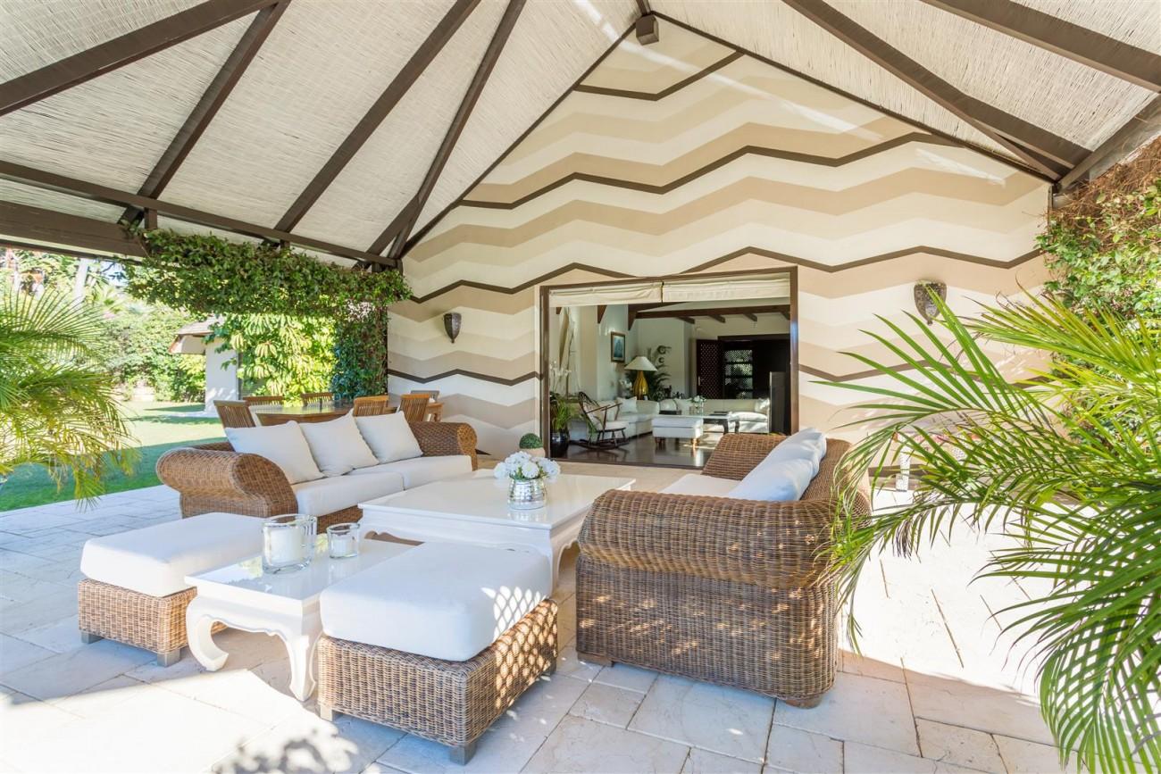 Luxury Frontline Golf Villa for sale Marbella Spain (6) (Large)