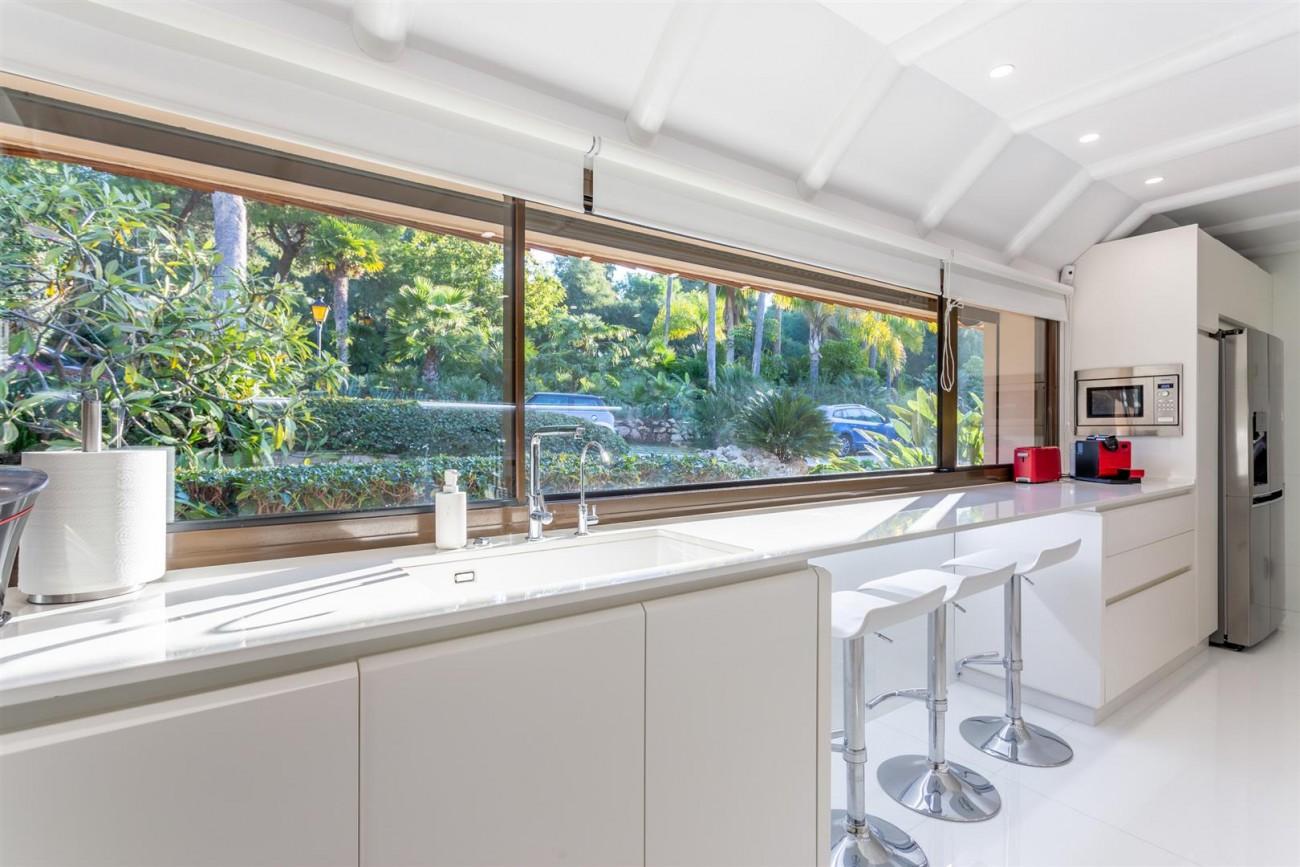 Luxury Frontline Golf Villa for sale Marbella Spain (29) (Large)