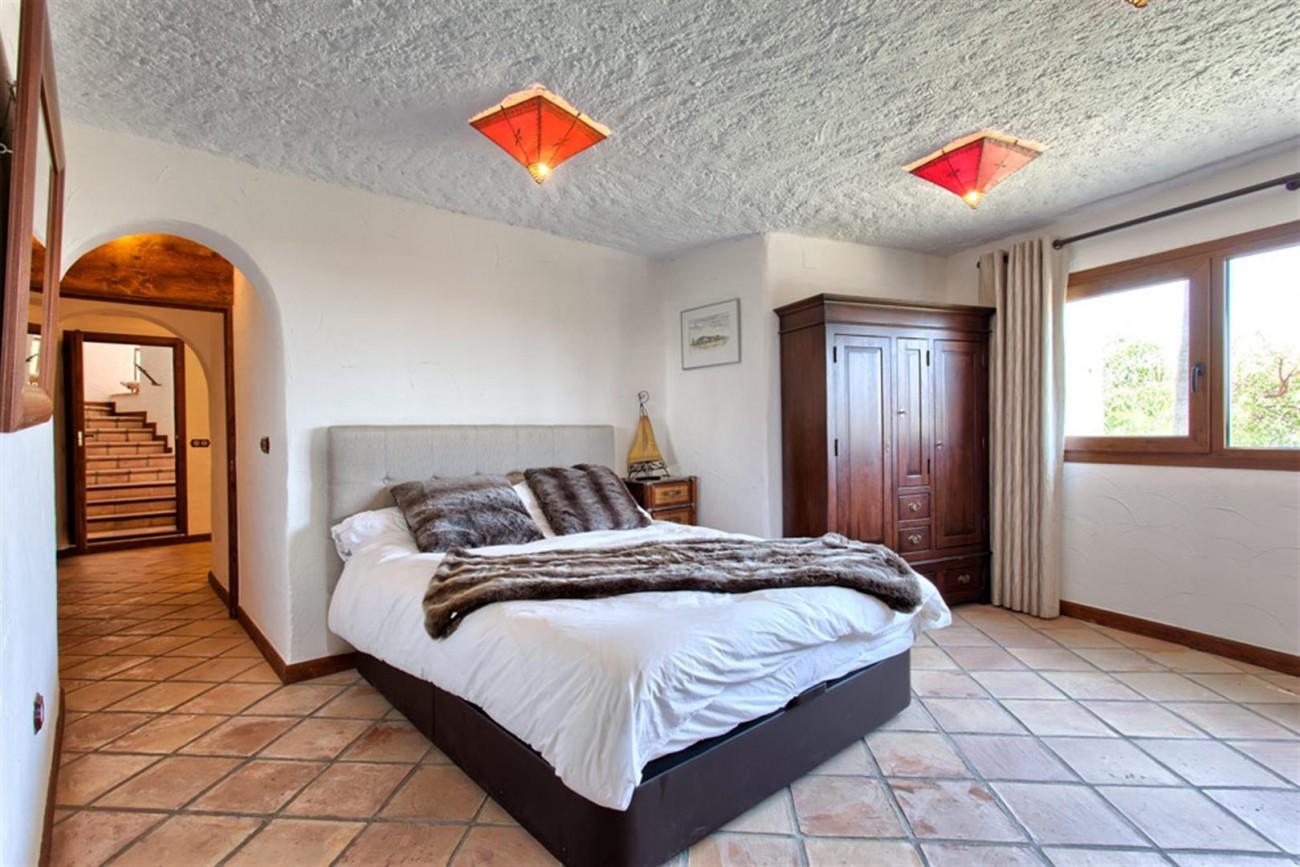 V5637 Villa in Mijas 16 (Large)