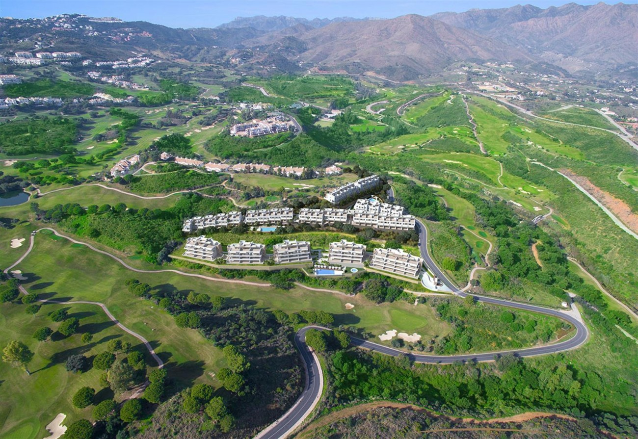 Frontline Golf Apartment for Sale Mijas Costa Spain (2) (Large)