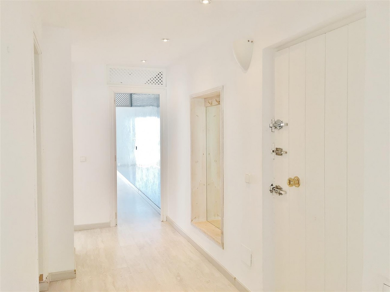 Frontline Puerto Banus Penthouse For Sale Marbella Spain (15)