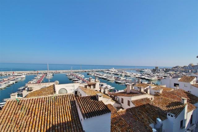 Apartment for Sale - 479.000€ - Puerto Banús, Costa del Sol - Ref: 5645