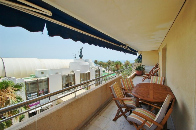 Apartment for Sale - 510.000€ - Puerto Banús, Costa del Sol - Ref: 5649