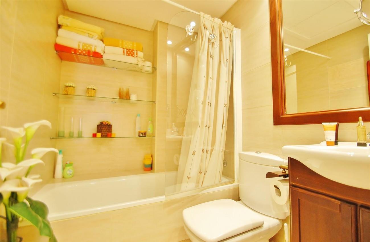 A5649 Apartment for sale Puerto Banus Marbella Spain (9) (Large)