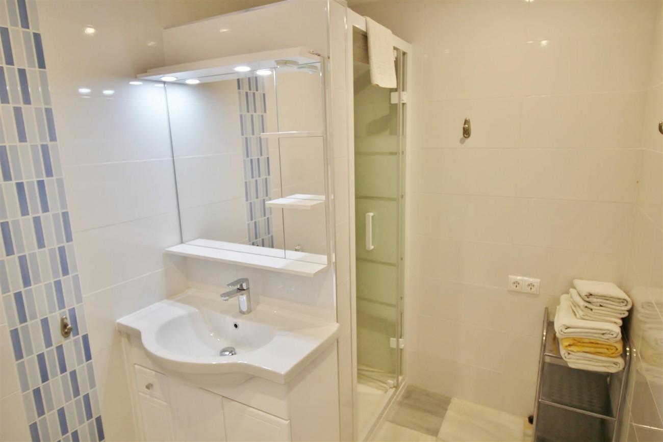 Puerto Banus Apartment for sale Marbella Spain (10) (Large)
