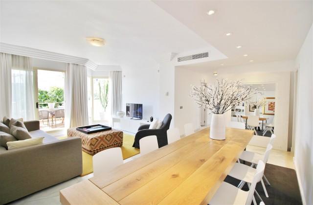 Penthouse for Sale - 460.000€ - Nueva Andalucía, Costa del Sol - Ref: 5658