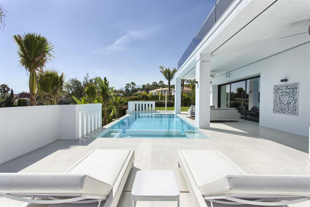 New Contemporary Exclusive Villa for sale Marbella Golden Mile Spain (14) (Large)