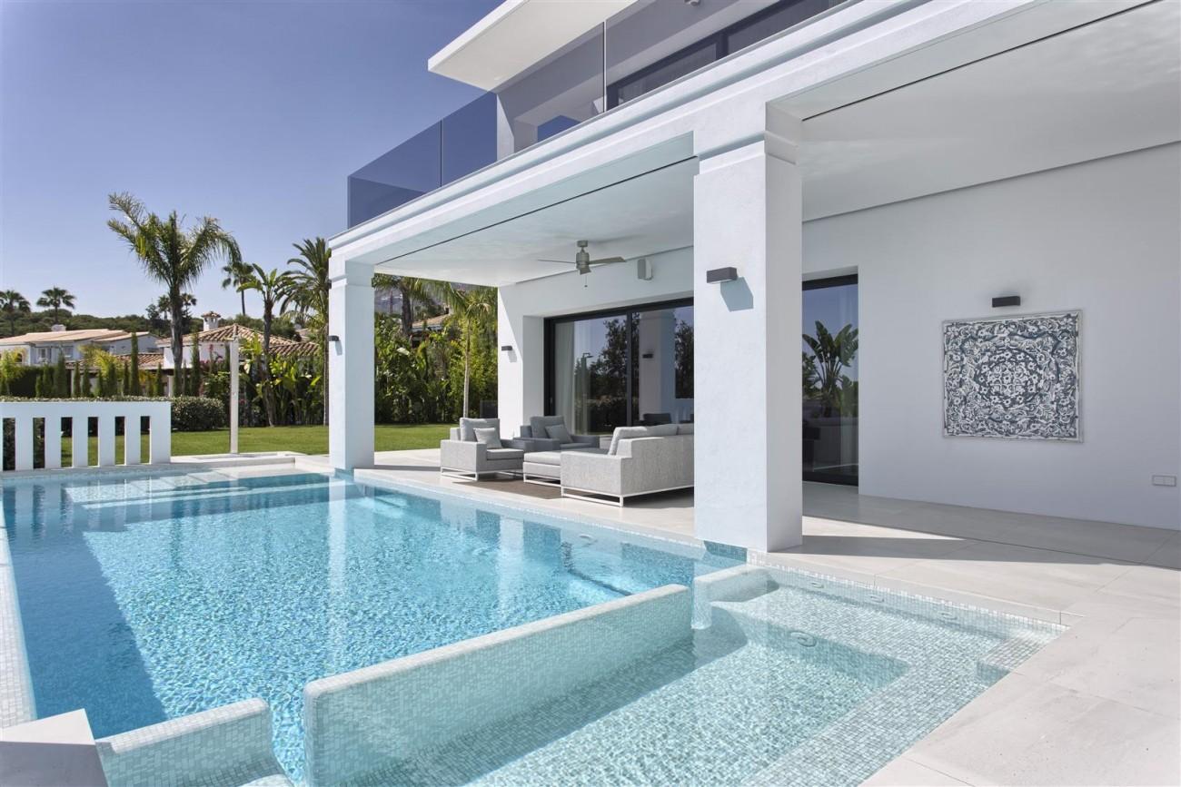 New Contemporary Exclusive Villa for sale Marbella Golden Mile Spain (15) (Large)
