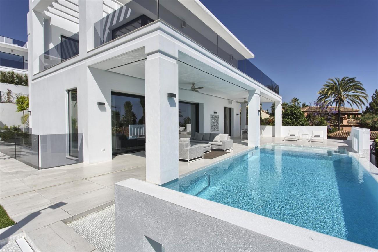 New Contemporary Exclusive Villa for sale Marbella Golden Mile Spain (18) (Large)