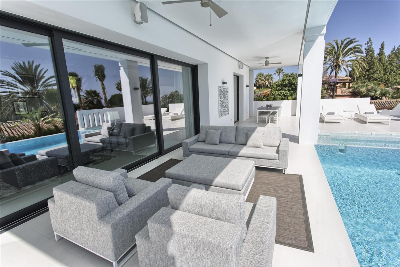 New Contemporary Exclusive Villa for sale Marbella Golden Mile Spain (29) (Large)