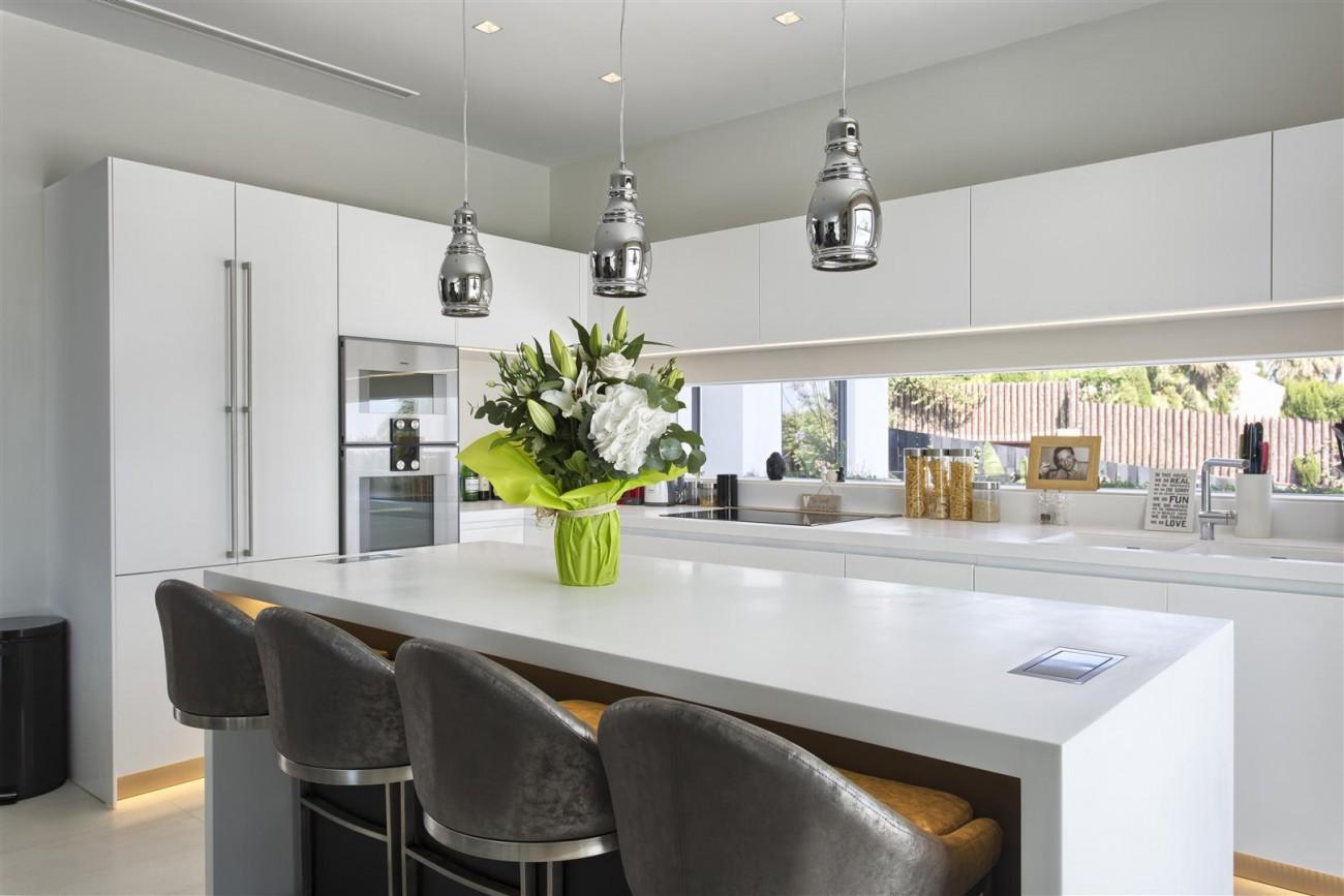 New Contemporary Exclusive Villa for sale Marbella Golden Mile Spain (32) (Large)