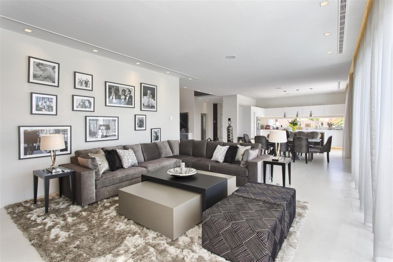 New Contemporary Exclusive Villa for sale Marbella Golden Mile Spain (46) (Large)