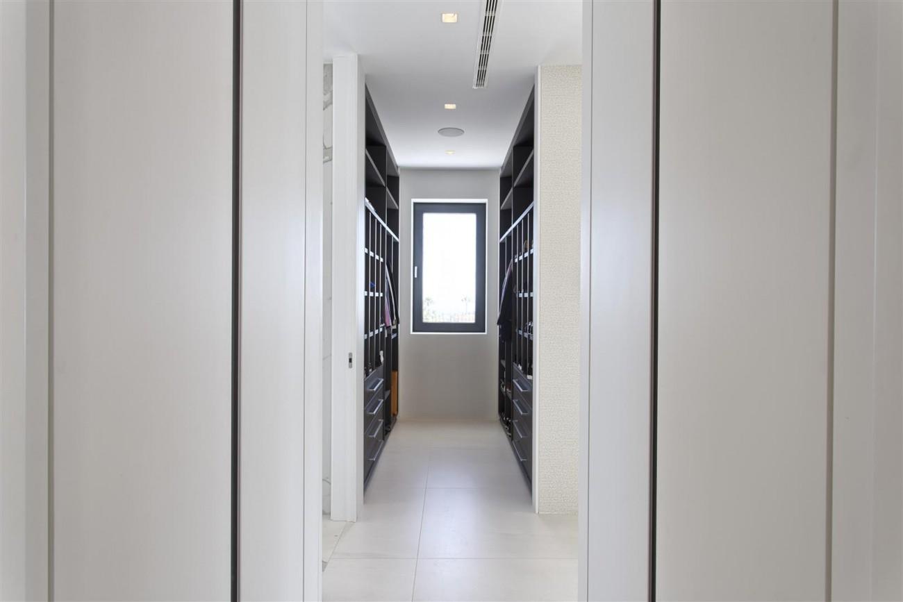 New Contemporary Exclusive Villa for sale Marbella Golden Mile Spain (57) (Large)