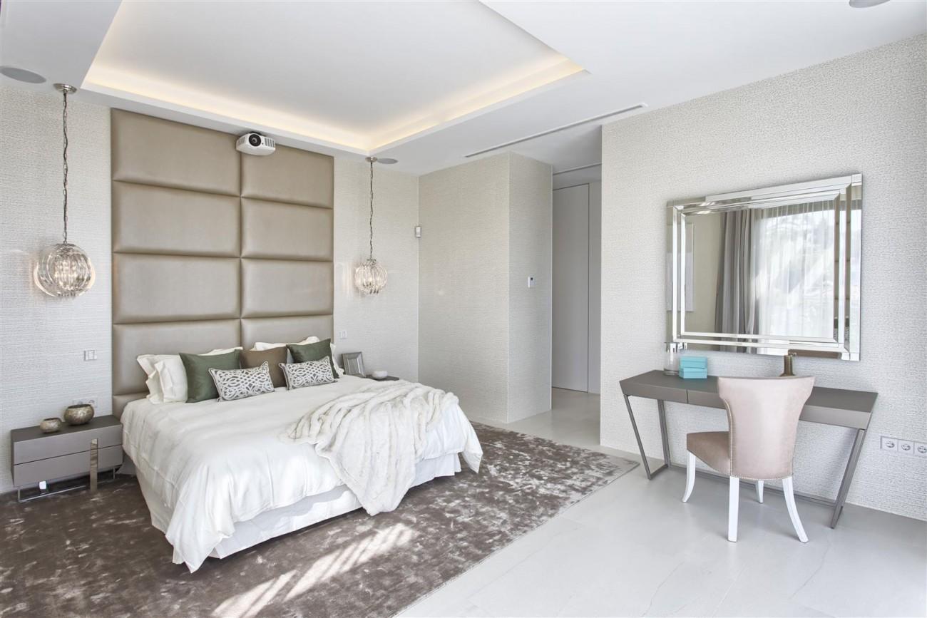 New Contemporary Exclusive Villa for sale Marbella Golden Mile Spain (58) (Large)