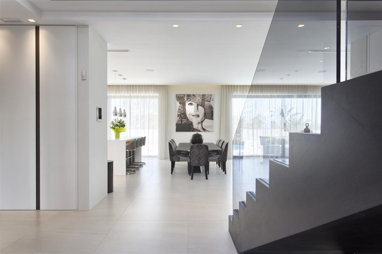 New Contemporary Exclusive Villa for sale Marbella Golden Mile Spain (48) (Large)