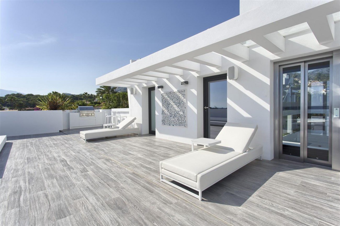 New Contemporary Exclusive Villa for sale Marbella Golden Mile Spain (80) (Large)
