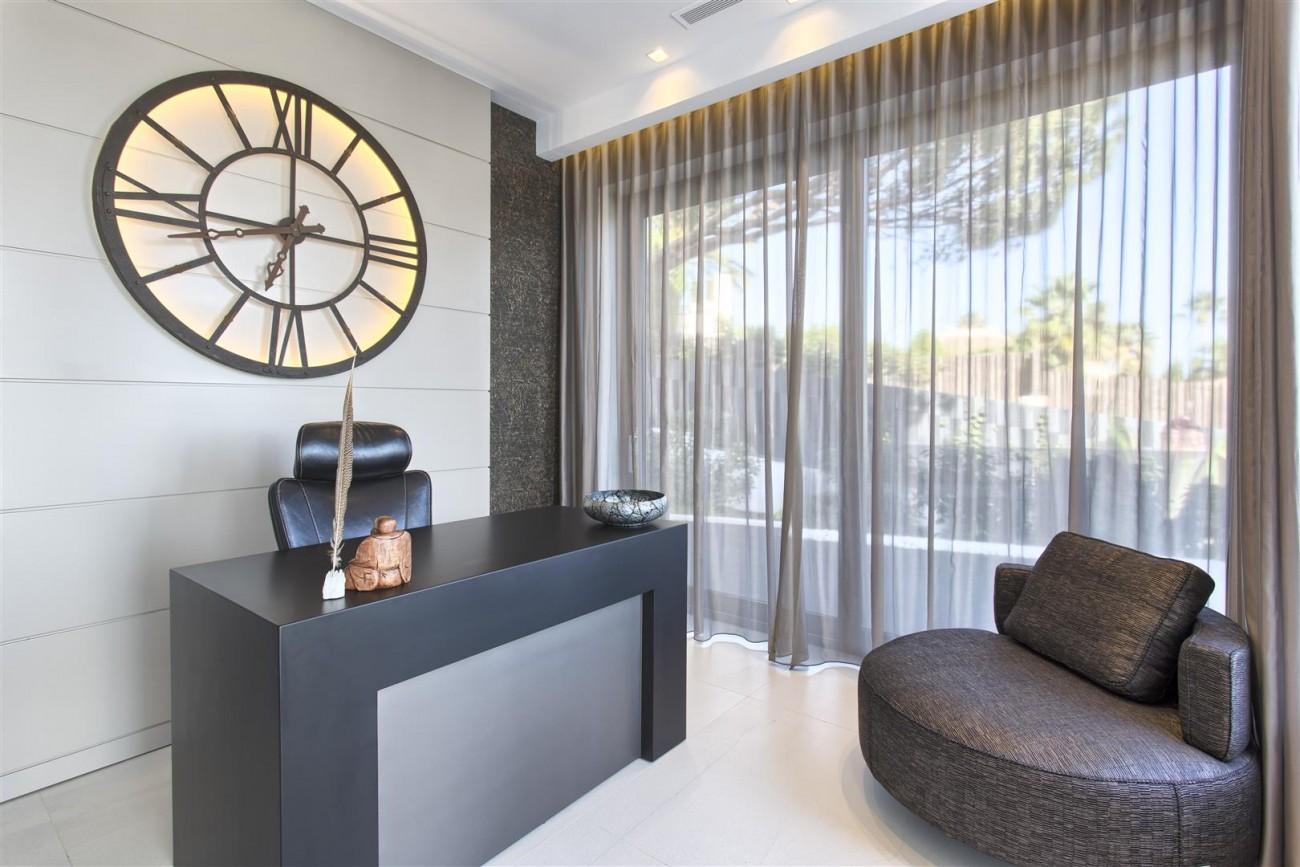 New Contemporary Exclusive Villa for sale Marbella Golden Mile Spain (92) (Large)