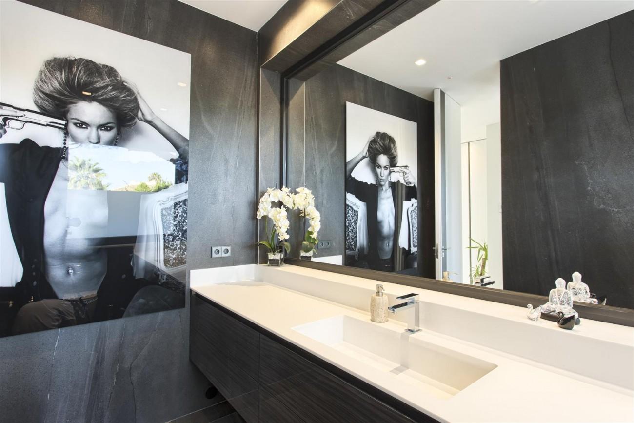 New Contemporary Exclusive Villa for sale Marbella Golden Mile Spain (100) (Large)