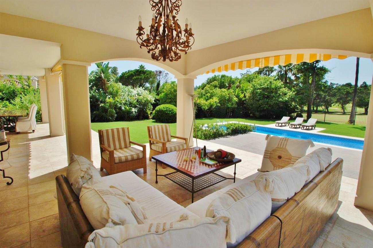 V5664 Frontline Golf Villa for sale Nueva Andalucia Marbella Spain (14)