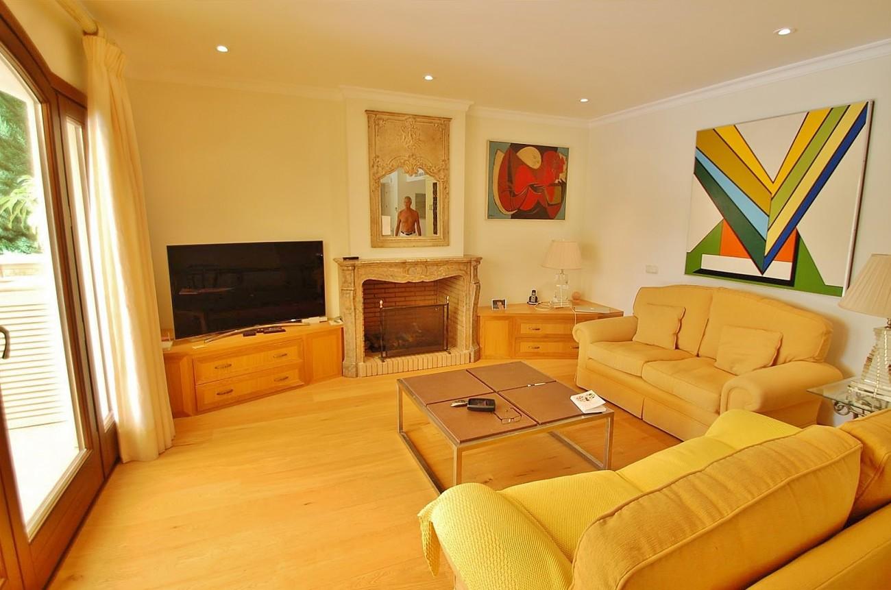 V5664 Frontline Golf Villa for sale Nueva Andalucia Marbella Spain (15)
