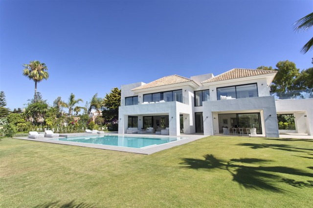 Villa for Sale - 3.500.000€ - Casasola, Costa del Sol - Ref: 5667