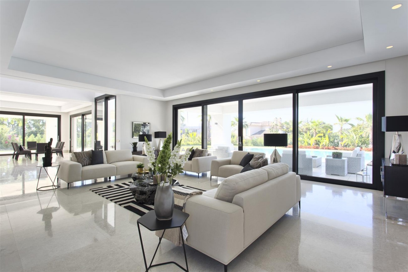Luxury Contemporary villa for sale Close to Puerto Banus (5) (Large)