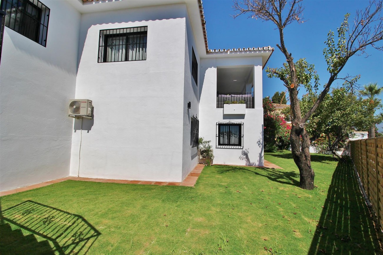 V5668 Villa for sale Nueva Andalucia Marbella Spain (3)