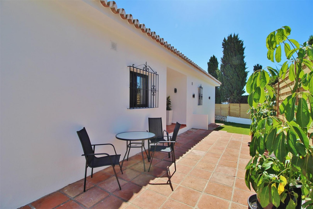 V5668 Villa for sale Nueva Andalucia Marbella Spain (6)