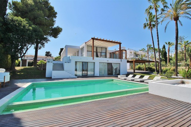 Villa for Sale - 3.500.000€ - Golden Mile, Costa del Sol - Ref: 5669