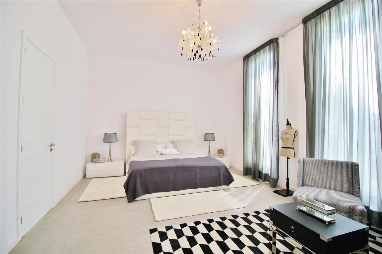V5669 Modern Villa for Sale Golden Mile Marbella Spain (5)