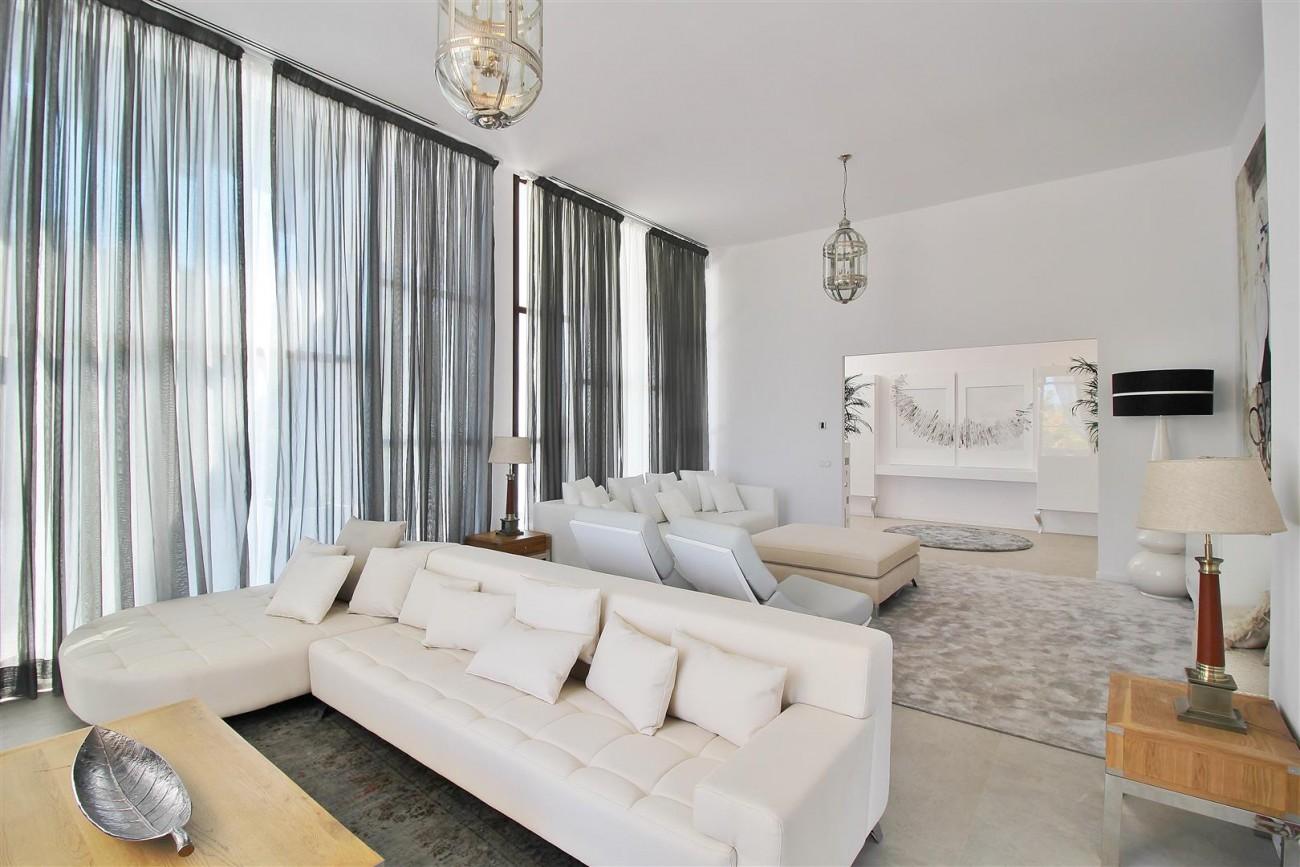 V5669 Modern Villa for Sale Golden Mile Marbella Spain (9)