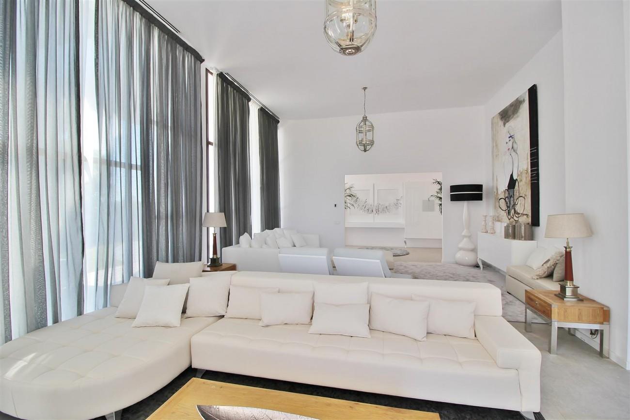 V5669 Modern Villa for Sale Golden Mile Marbella Spain (11)