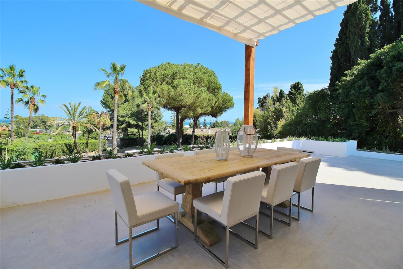 V5669 Modern Villa for Sale Golden Mile Marbella Spain (12)