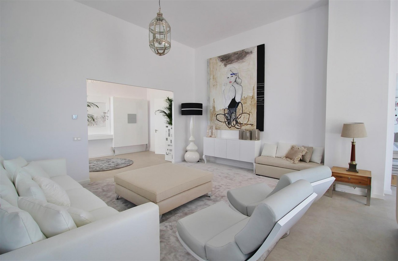 V5669 Modern Villa for Sale Golden Mile Marbella Spain (13)