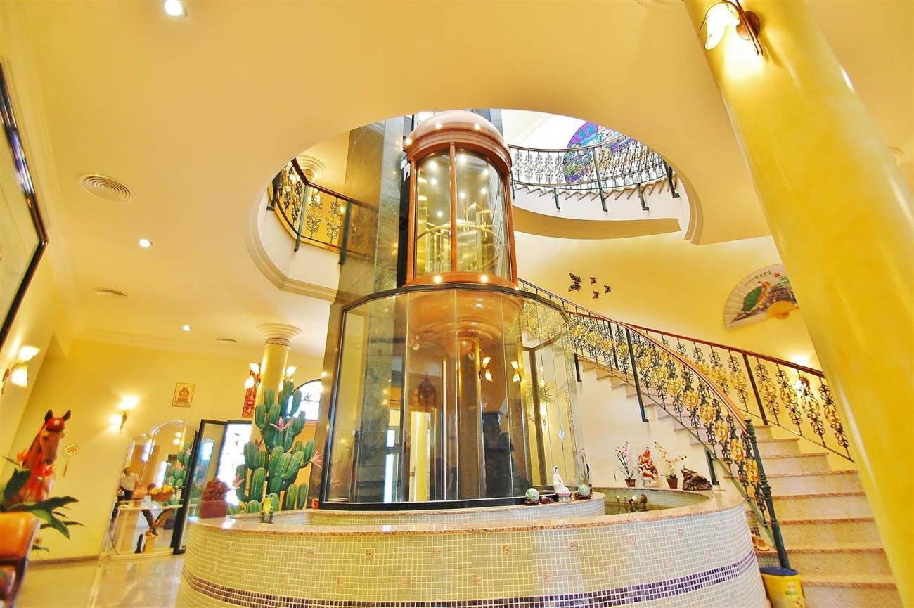 V5670 Villa for sale in Benalmadena Malaga Spain (5)