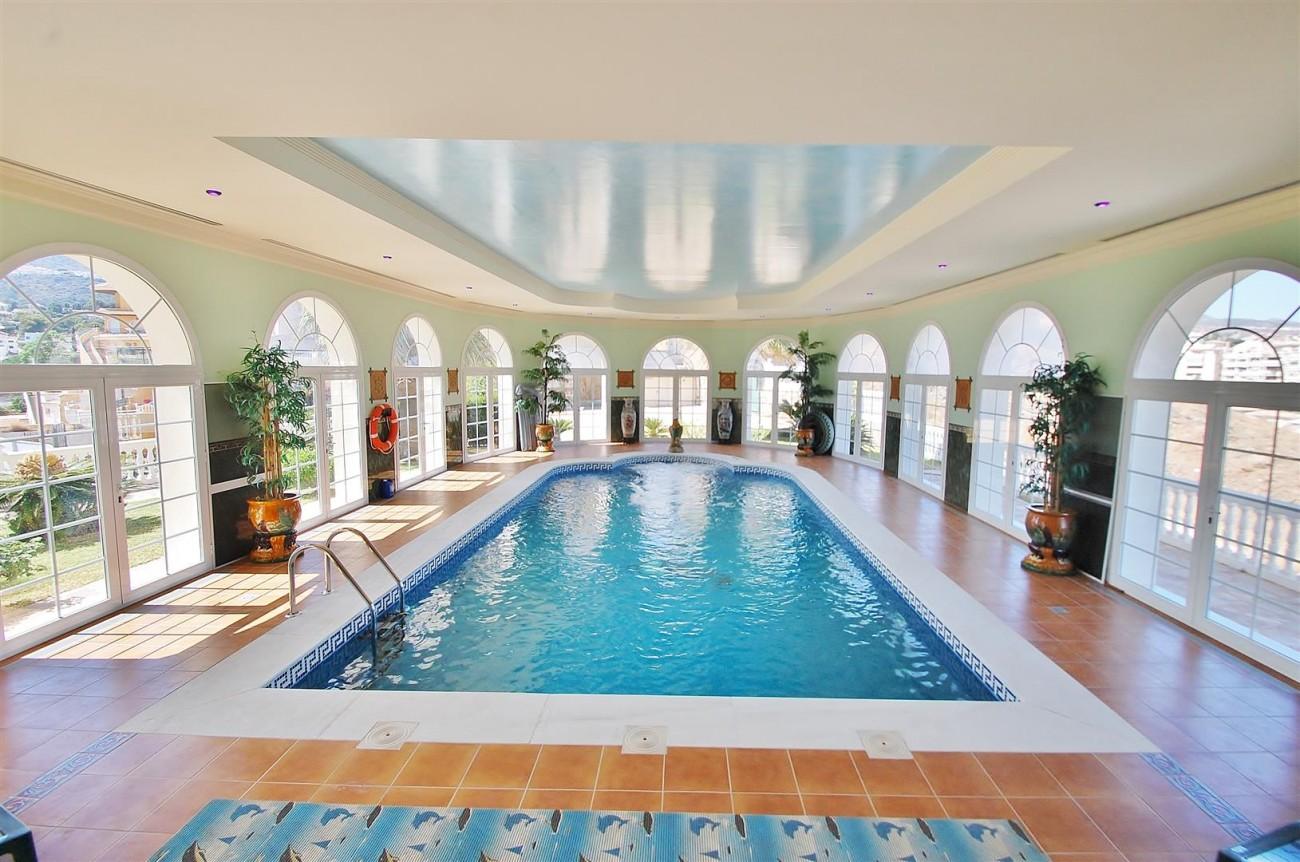 V5670 Villa for sale in Benalmadena Malaga Spain (10)