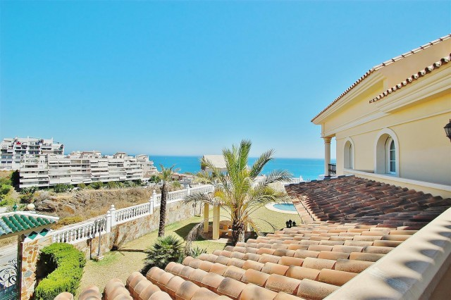 V5670 Villa for sale in Benalmadena Malaga Spain (11)