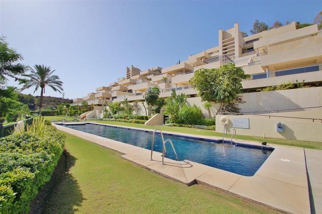 Apartment for Sale - 625.000€ - Nueva Andalucía, Costa del Sol - Ref: 5679