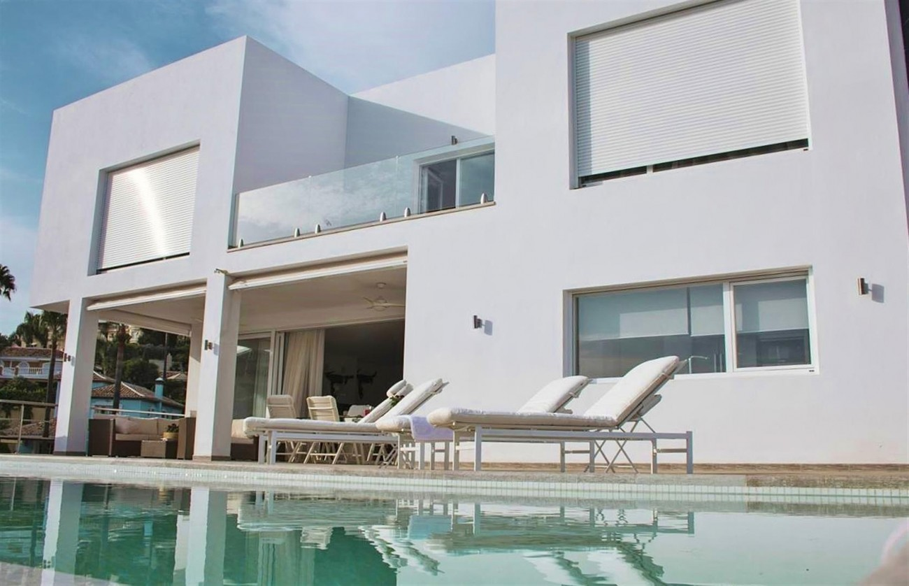 V5683 Modern Villa for sale La Quinta Golf Benahavis (1) (Large)