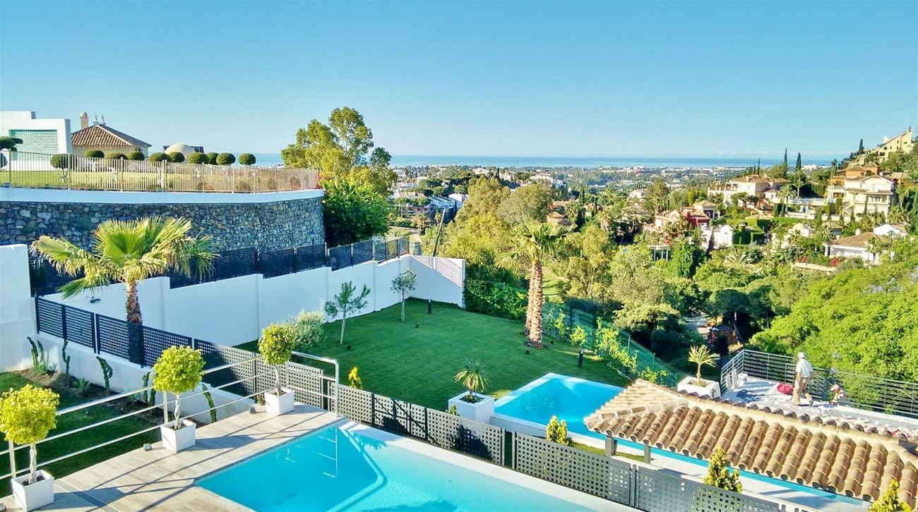 V5683 Modern Villa for sale La Quinta Golf Benahavis (18) (Large)