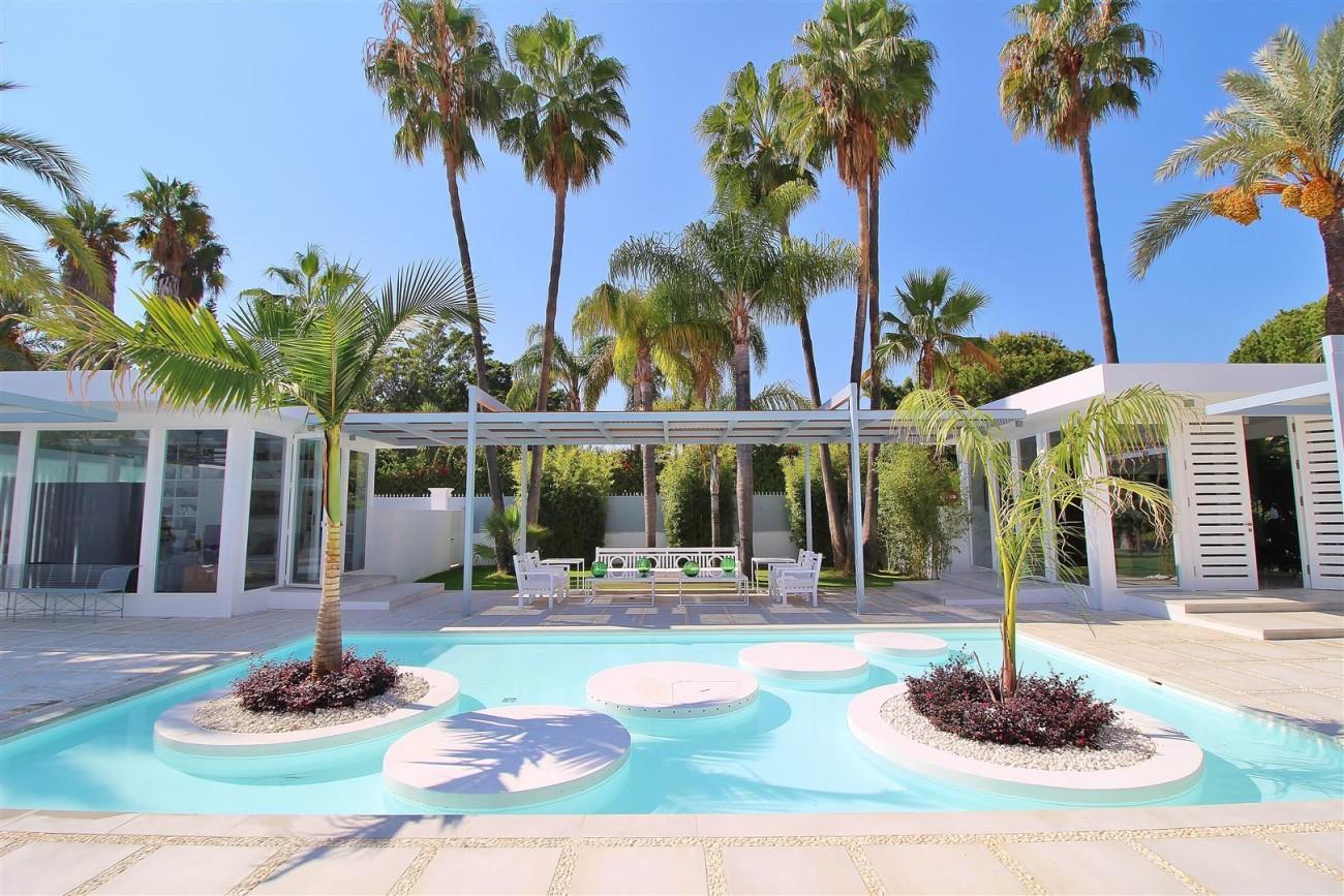 Modern Villa Guadalmina for sale Marbella Spain (1) (Large)