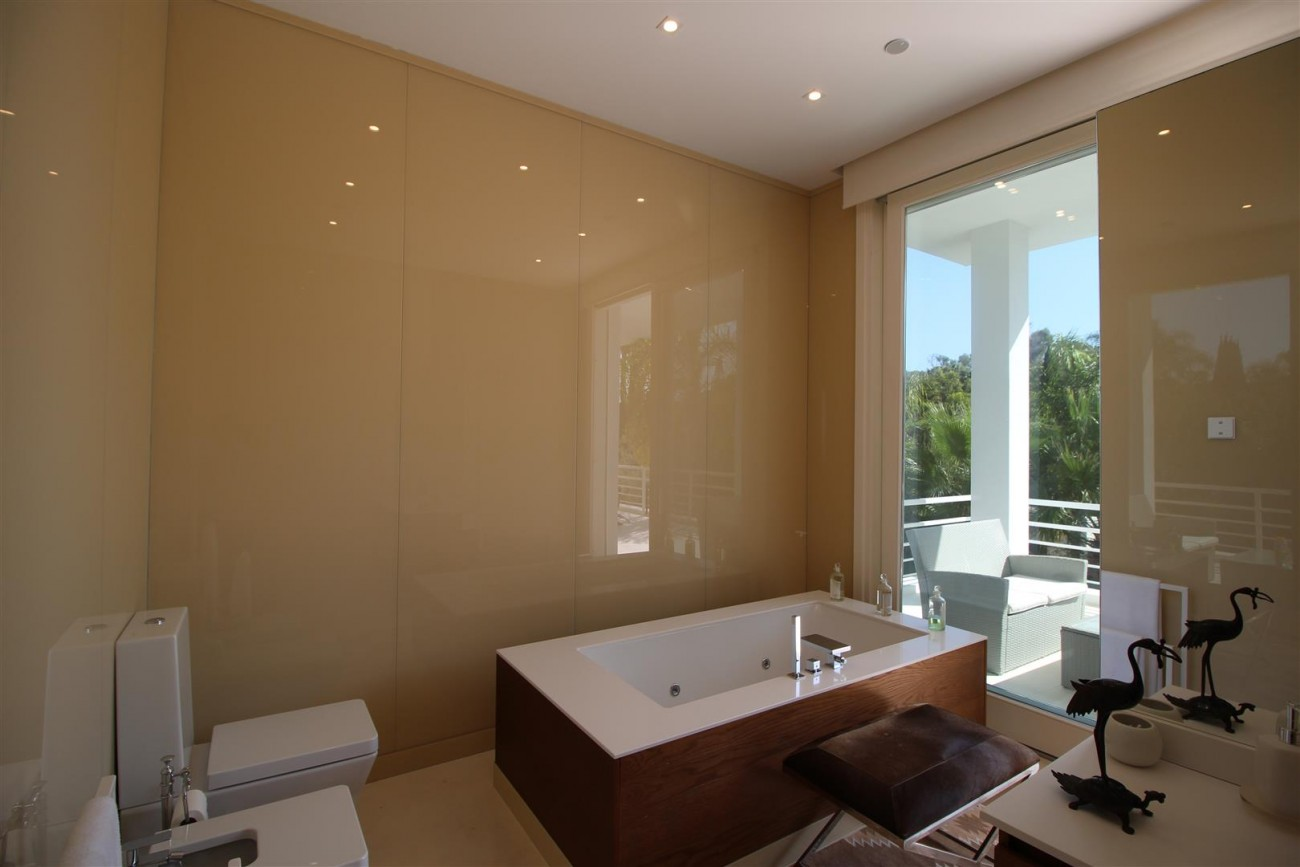 Modern Villa Guadalmina for sale Marbella Spain (14) (Large)
