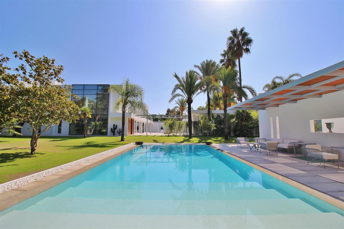 Modern Villa Guadalmina for sale Marbella Spain (19) (Large)
