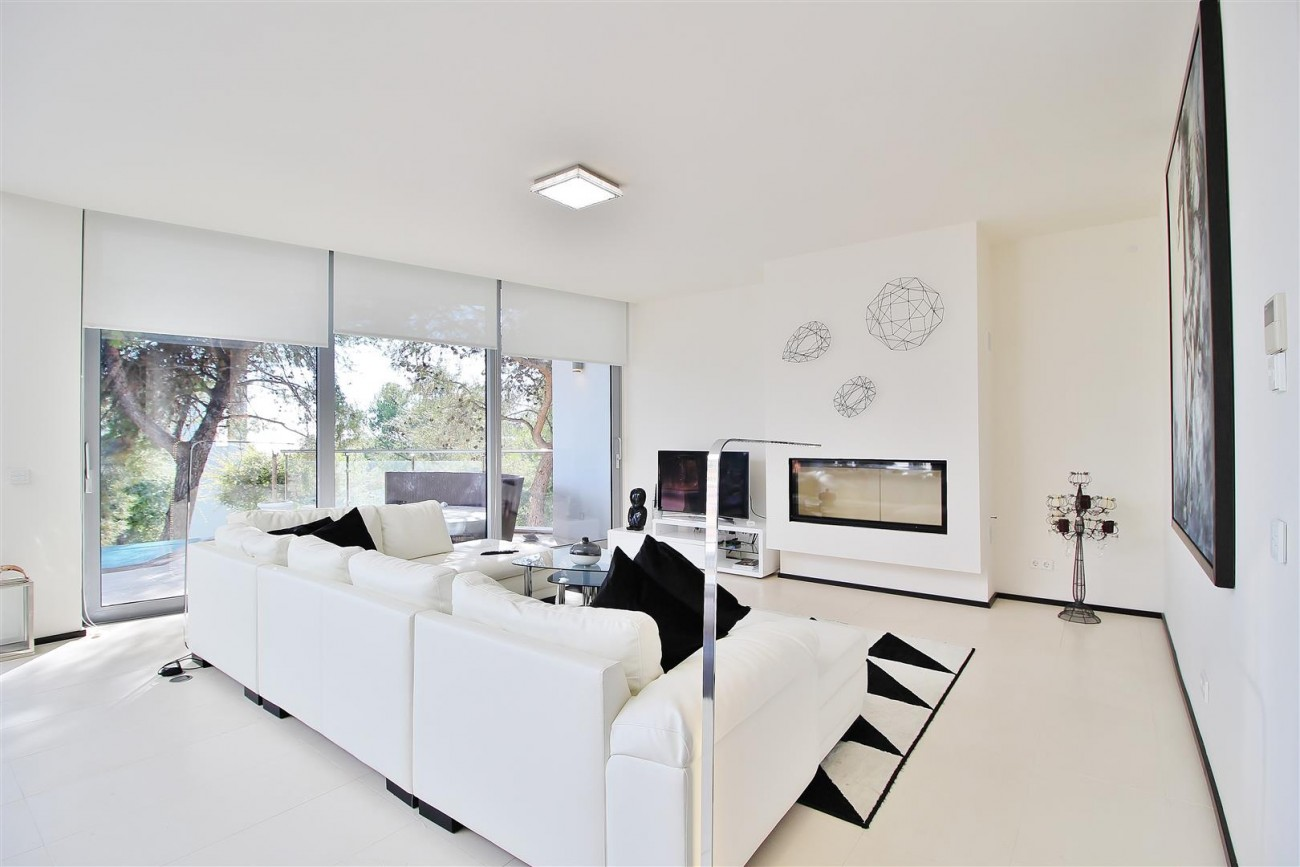 Luxury Contemporary Townhouse for sale Marbella Golden Mile Spain (4) (Large)
