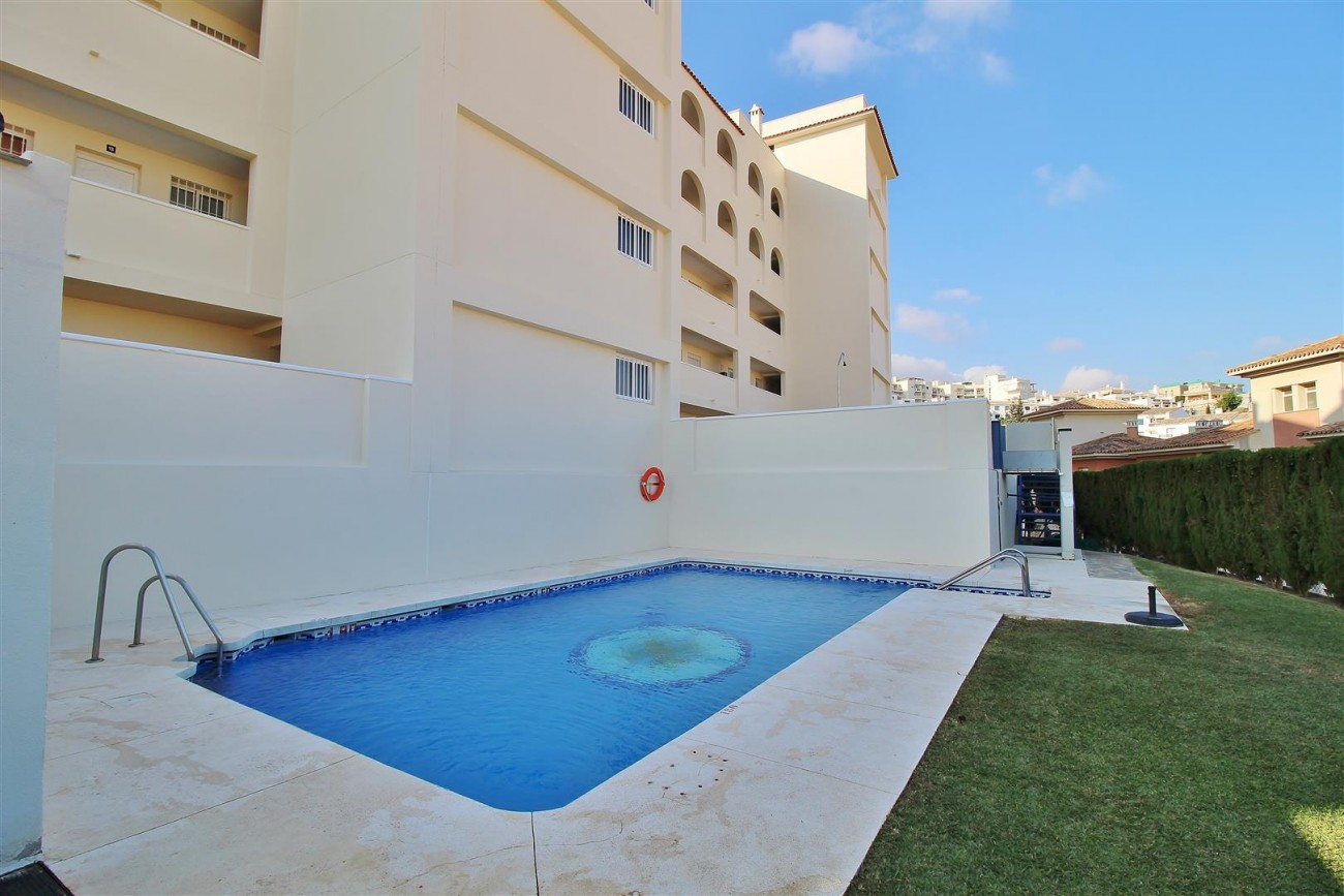 Modern Penthouse for sale in Benalmadena Spain (1) (Large)