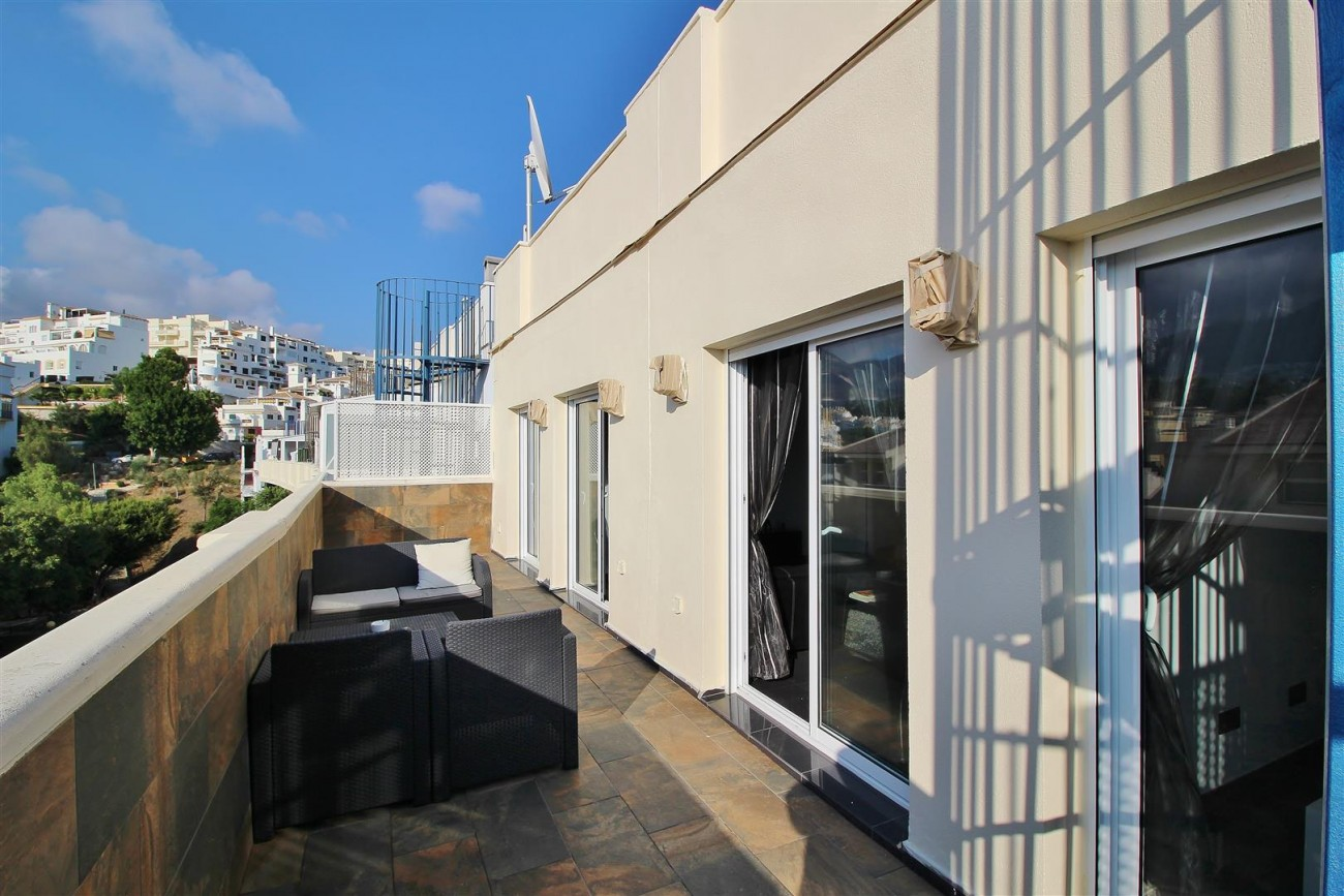 Modern Penthouse for sale in Benalmadena Spain (7) (Large)