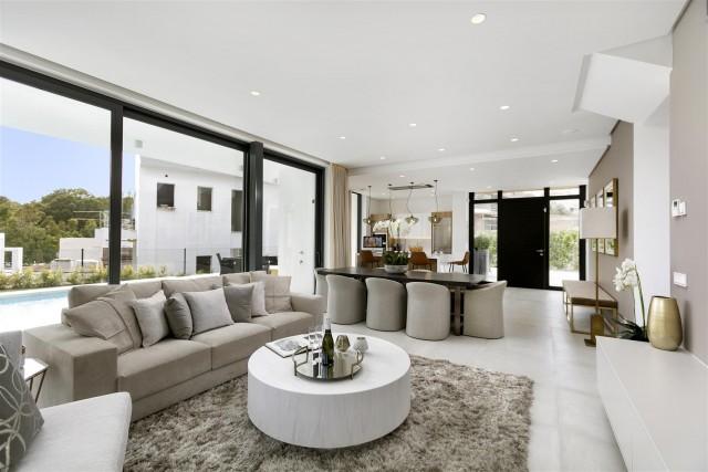 New Contemporary Villas Development Estepona Spain (1) (Large)