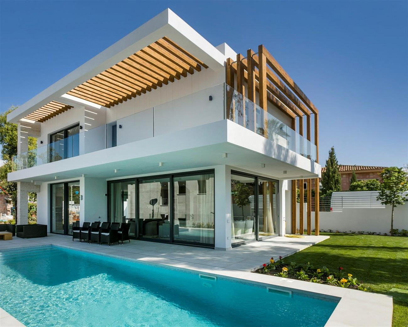 New Contemporary Villas Development Estepona Spain (6) (Large)