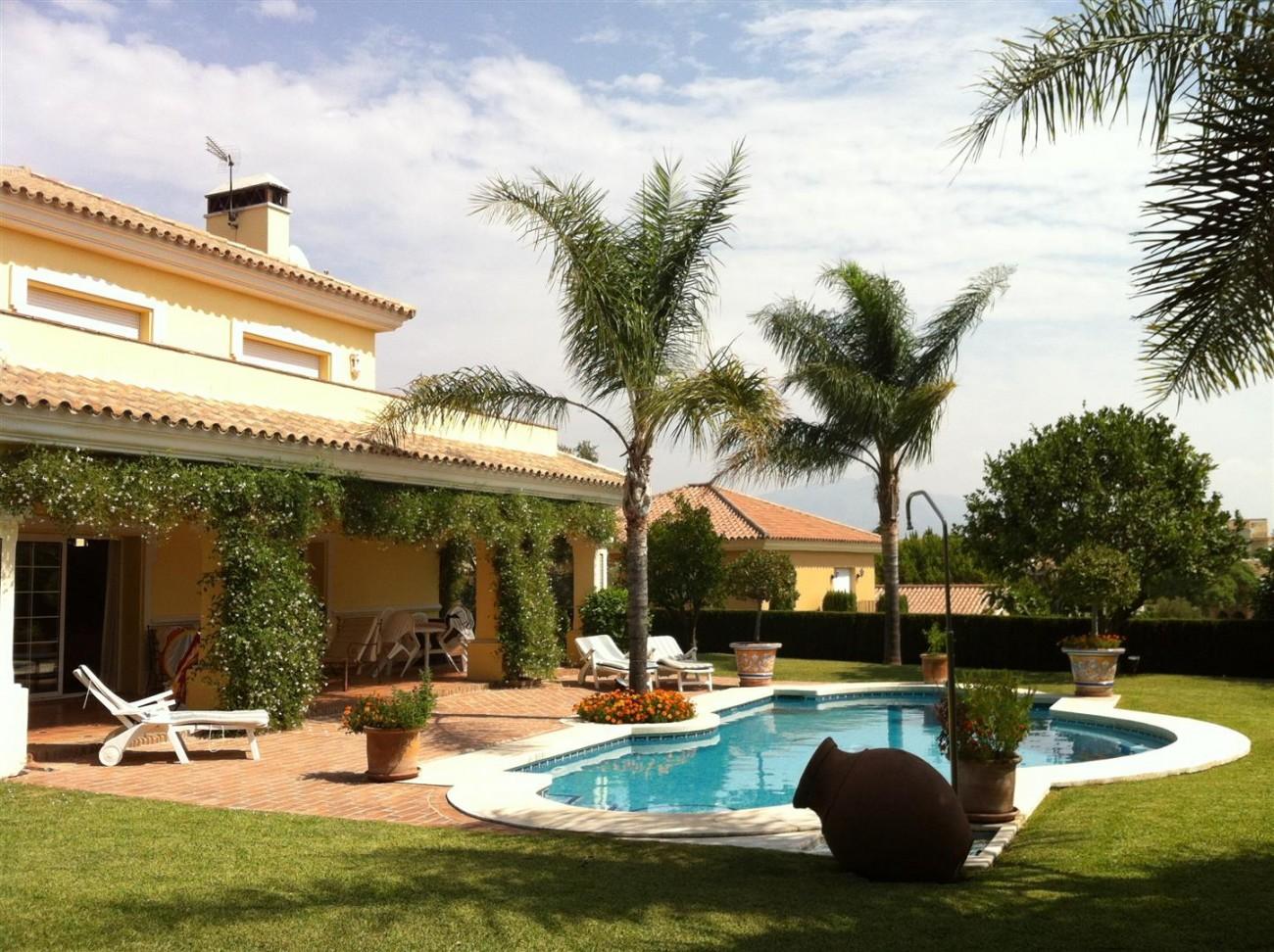 Villa for sale Estepona Malaga Spain (1) (Large)